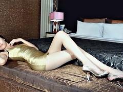 Жестко фото женщин бисексуалов мини платьях эротика