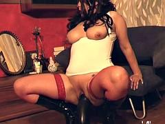 Огромные дилдо в зрелые дырки порно, ноги сексуальные фотографии