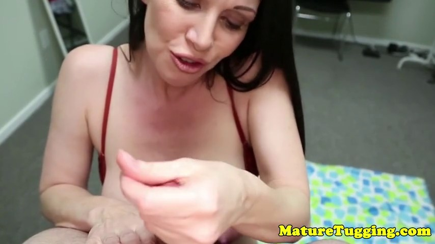 Bigtitted Stepmilf Jerking Cock Pov