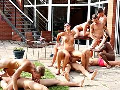 porno-video-chernokozhie-bolshie-siski-spisok-indiyskih-porno-filmov